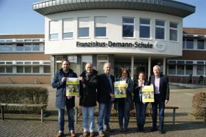 Von links: Herr Kösters, Herr Frilling (Antoniusschule Thuine),  Herr Köbbe,  Frau Wilker  (FDS Freren),  Frau Häring,  Herr Uchtmann (OBS Lengerich)